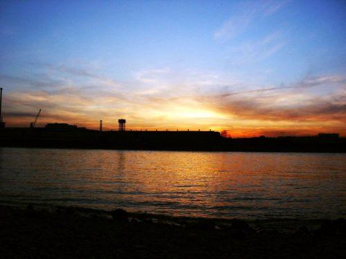 Köln Sonnenuntergang am Rhein