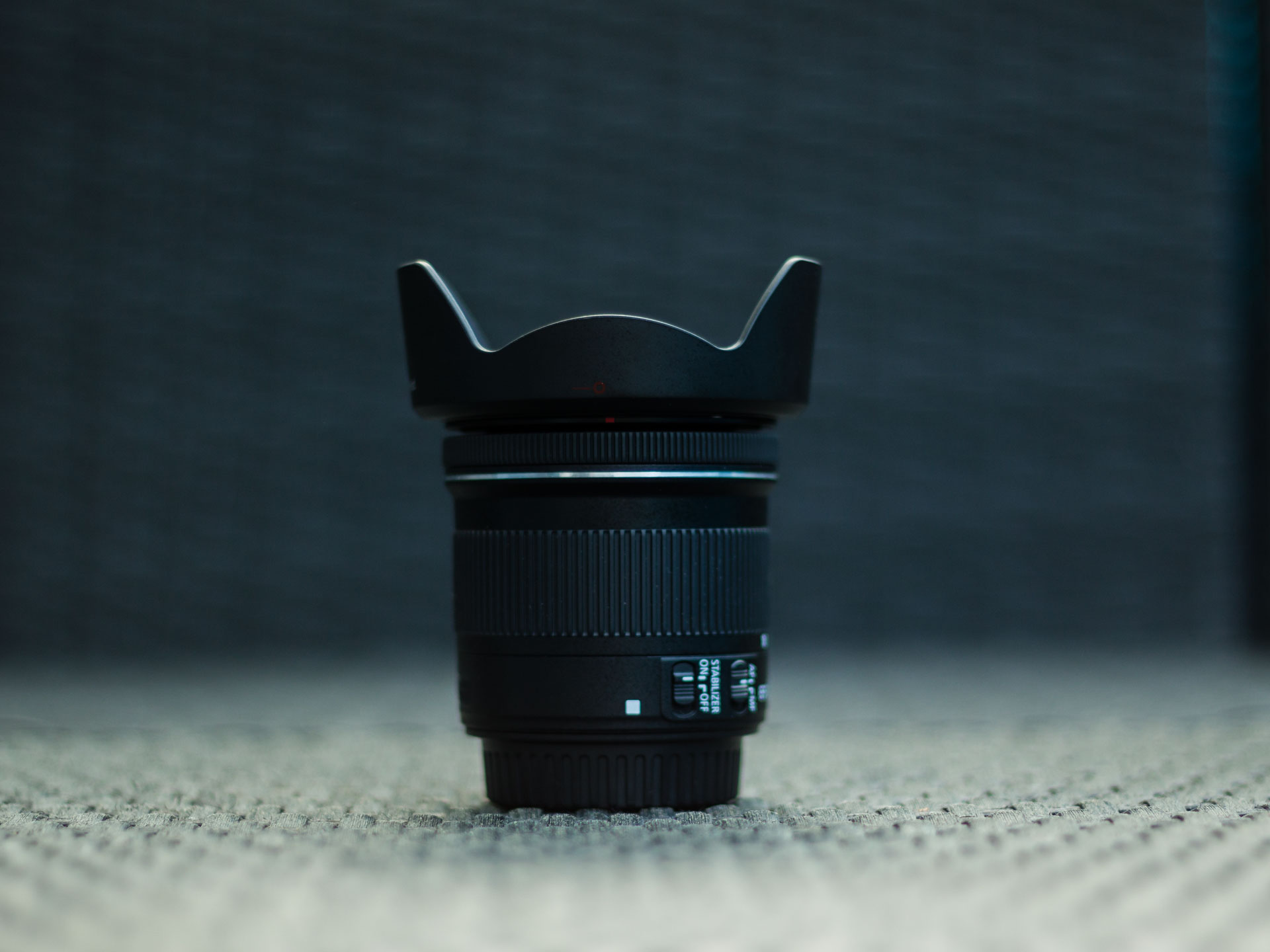 Geschütztes Canon EF-S 10-18mm Objektiv